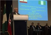 ظریف: ایران ونیجیریا یمکن ان یکون لهما دورا مفصلیا فی المحافل الدولیة