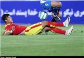 جدال نفتیهای فوتبال ایران در ورزشگاه خالی/ دوئل خداداد و کمالوند در مشهد