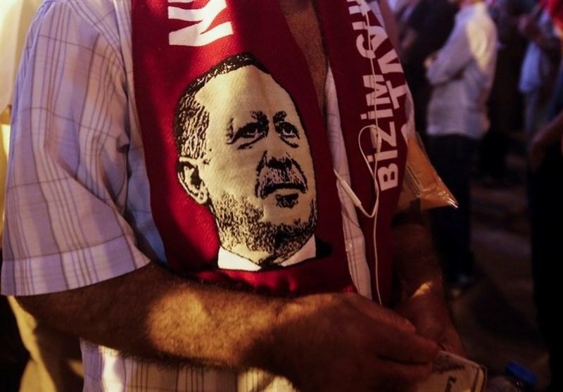 'AK Parti Tabanına Pompalanan Faşizmi Her Ne Pahasına Olursa Olsun Durdurmamız Gerekiyor'