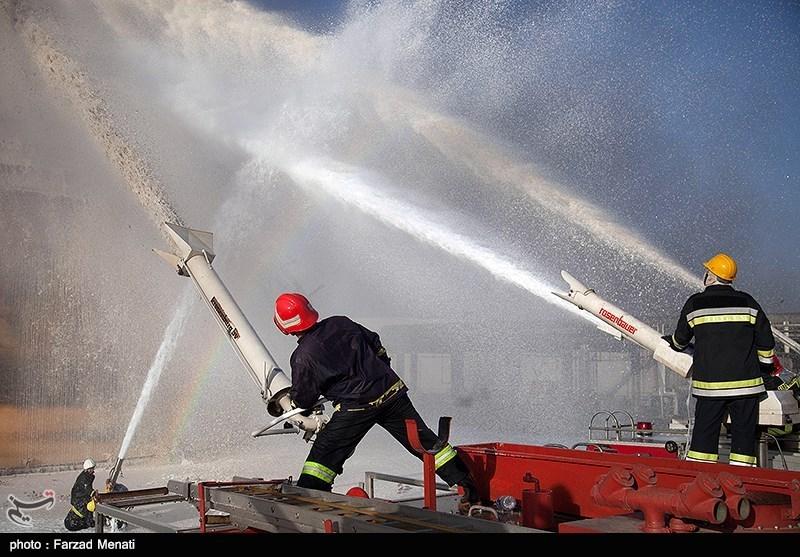 آتش سوزی در پتروشیمی بیستون
