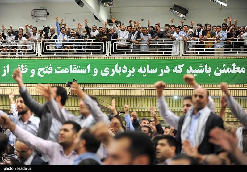 دیدار هزاران نفر از اقشار مختلف مردم با رهبرمعظم انقلاب