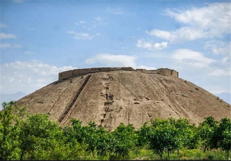 ازبکی؛ تپهای 9000 ساله و نادر از عصر آهن در استان البرز+ عکس و فیلم