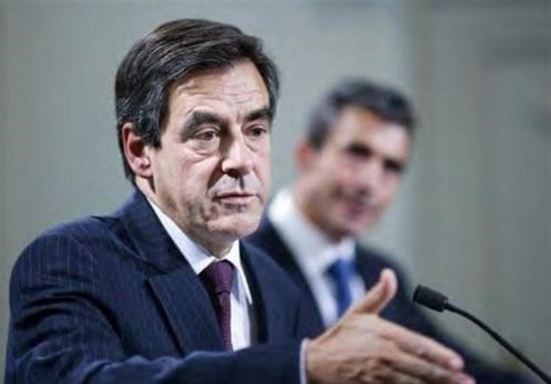 France's Fillon Battles to Stay in Presidential Race