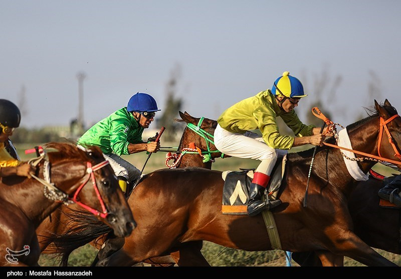 مسابقات اسب دوانی کورس تابستانی بندرترکمن