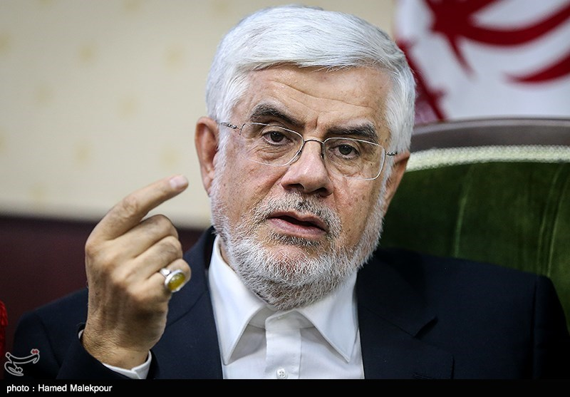 حضور محمد رضا عارف در خبرگزاری تسنیم