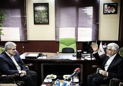 حضور محمدرضا عارف در خبرگزاری تسنیم