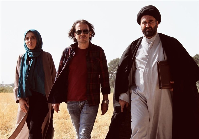 مهران احمدی روحانی «چرخ فلک» شد+عکس