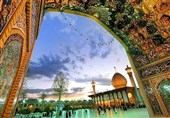 """""""شاه جراغ """" یتلألأ فی قلب مدینة شیراز بأنواره القدسیة وعمارته وزخارفه الجمیلة +فیدیو وصور"""
