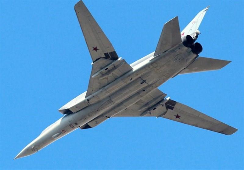 قاذفات روسیة بعیدة المدى تضرب مواقع داعش فی دیر الزور