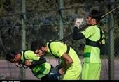 سیدحسین حسینی و دروازه بان های استقلال در فصل 95