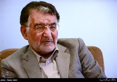 نهادهای وابسته به دولت ارزهای صادراتی را برنمیگردانند/ آل اسحاق: بازگشت ارز صادراتی «سیاسی» شد