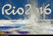 آب استخر شیرجه المپیک یک شبه سبز رنگ شد! + تصاویر