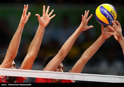 Iran Volleyball Team Beats Egypt, Marches into Olympic Games Quarters