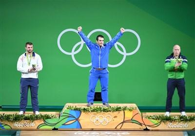 مراسم اهدای مدال دسته 94 کیلوگرم با نشان طلای سهراب مرادی