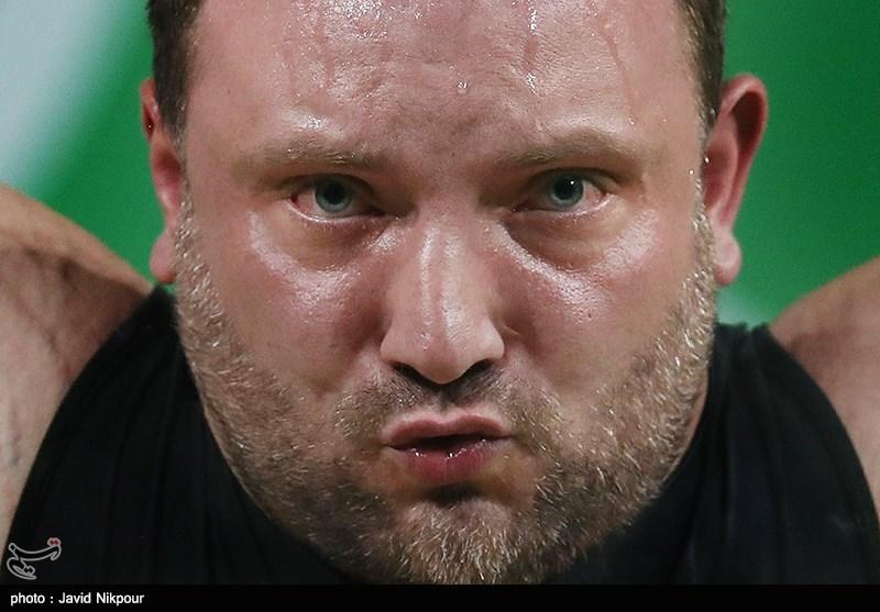 Pictures: faces pressure weightlifting weights٬ عکس های خنده دار از ورزشکاران٬ قیافه ورزشکاران٬ قیافه وزن برداری٬ قیافه وزنه بردارها٬ قیافه وزنه بردارها زیر فشار وزنه