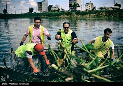 پاکسازی دریاچه عینک - رشت