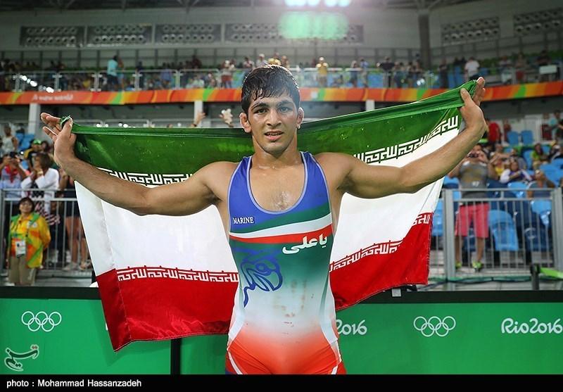 ایران تحصد ذهبیة المصارعة الحرة لوزن 74 کلغ+ صور