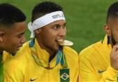 نیمار بازوبند کاپیتانی برزیل را پس داد