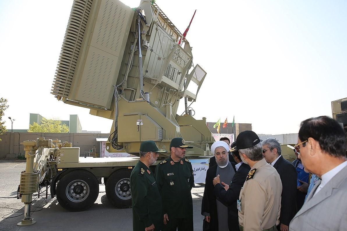 Novo sistema de defesa antiaérea iraniano Bavar-373, concorre com o S-300 russo?