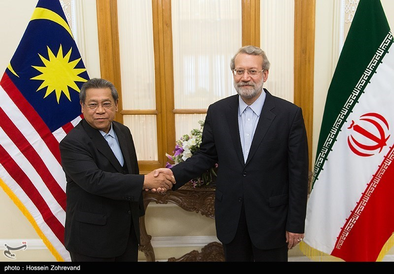 Larijani Calls for Closer Economic Cooperation between Iran, Malaysia