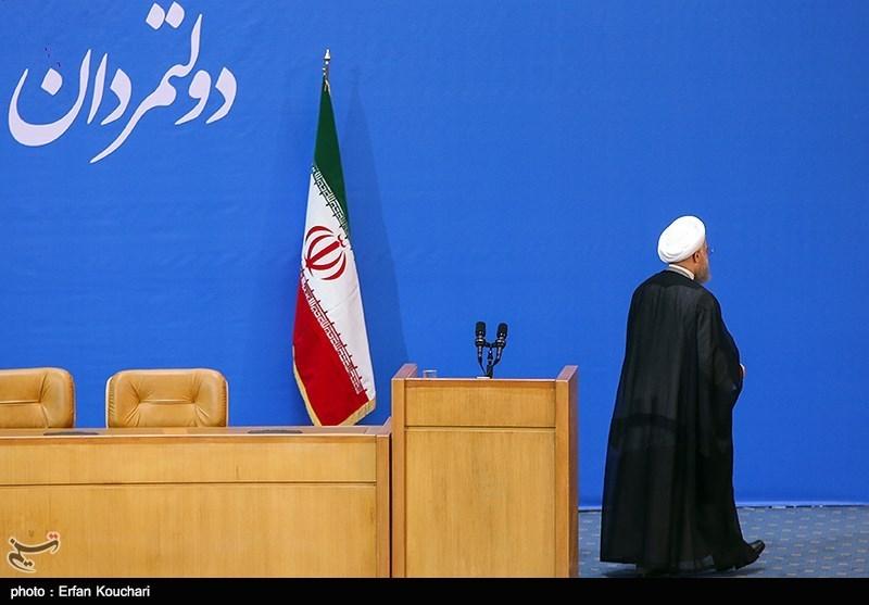 مداخله غیرقانونی روحانی علیه نامزدهای منتقد وضع موجود/ دوقطبی اصلی انتخابات رئیسی ـ روحانی است