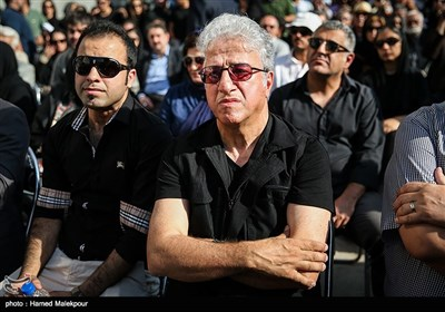 Thousands Attend Funeral for Renowned Iranian Actor, Producer Rashidi