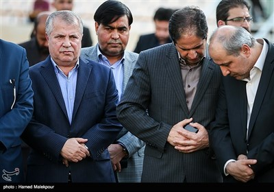 Iran's First VP Attends National Football Team's Training Session