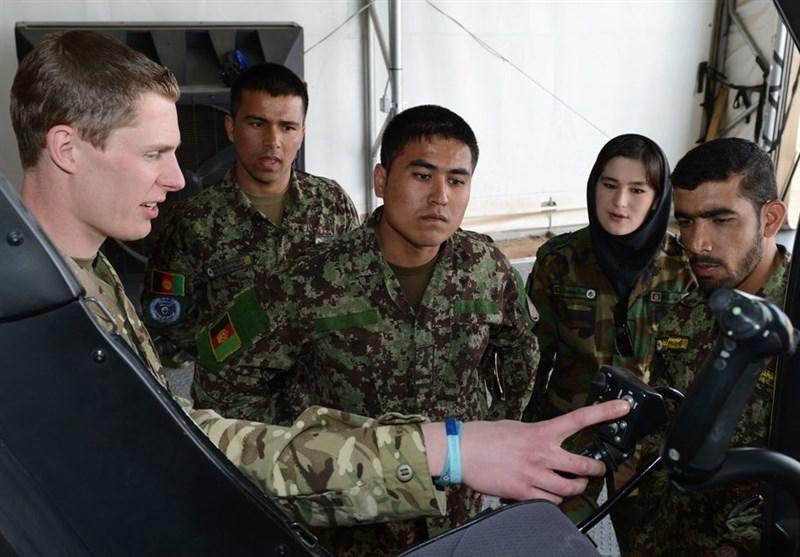 پنتاگون: خلبانهای افغانستان آموزش کافی دریافت نمیکنند