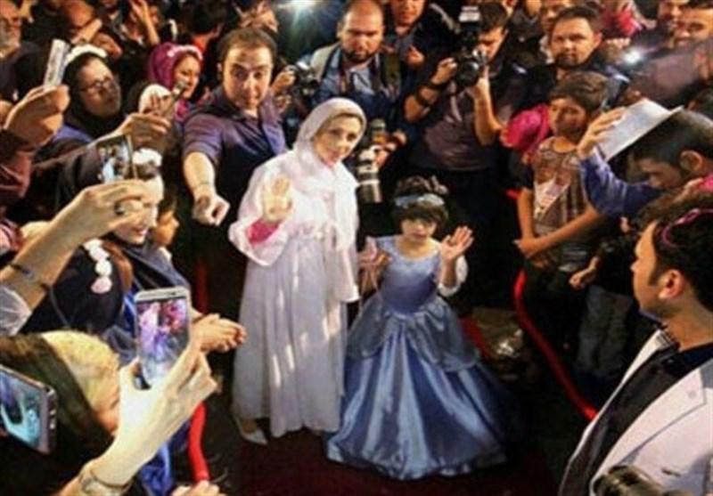 İranlı 8 Yaşındaki Kız Kraliçe Oldu