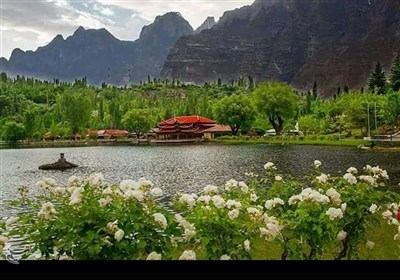 شنگریلا؛ پہاڑوں کے دامن میں مسکراتی پاکستان کی دلکش وادی