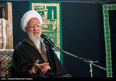 هرچه از سعادت میخواهیم در گرو توجه به خدا و انس با قرآن است