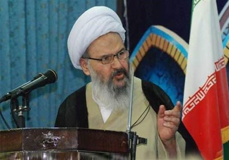 امام جمعه کاشان: نهضت سیاهان دولت آمریکا را به انزوا کشانده است