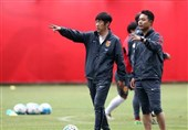 گائو هونگبو: چین در هوای بارانی بهتر از ایران بازی میکند