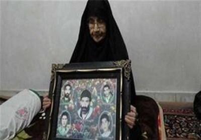 پیکر مادر شهید جلالی در جوار شهدایش آرام گرفت