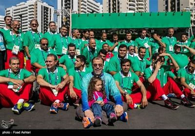 عنوان بر افراشته شدن پرچم ایران در دهکده بازی های پارالمپیک 2016