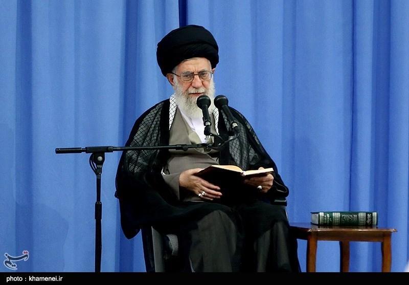 Ayatollah Khamenei Urges Iranian Clerics' Active Presence in Cyberspace