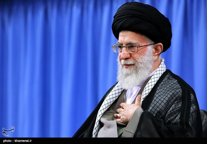 امام خامنہ ای کی قیدیوں کی سزا معاف یا کم کرنے سے موافقت
