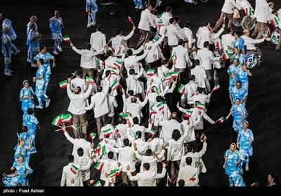 رژه کاروان ایران در مراسم افتتاحیه مسابقات پارالمپیک ریو 2016