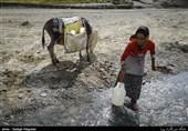 11 روستای زنجان چشم انتظار تنها تانکر استیجاری آبرسان است