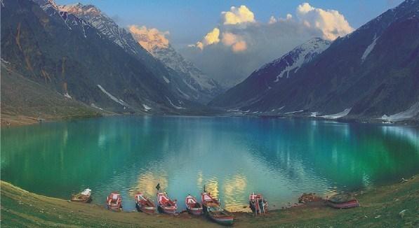 پاکستان کی پراسرار اور حسین جھیل سیف الملوک/ تصویری رپورٹ- خبریں سیاحت - تسنیم نیوز ایجنسی