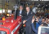 تراکتورسواری وزیر کشور در تبریز+تصاویر