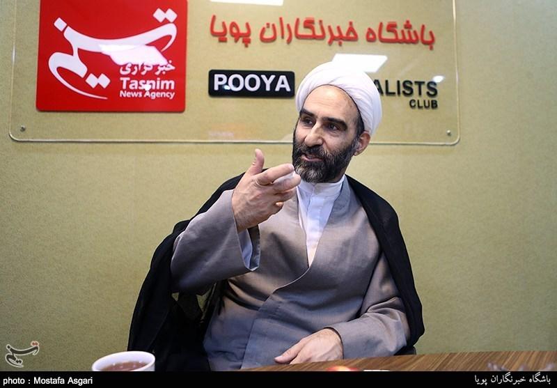 رئیس جامعة المذاهب الإسلامیة یروی قصته فی الأزهر الشریف