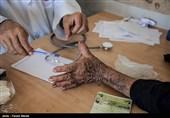 ویزیت رایگان بسیج جامعه پزشکی در منطقه درود فرامان کرمانشاه