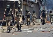 حمله ارتش هند به جوانان کشمیری 60 زخمی برجا گذاشت