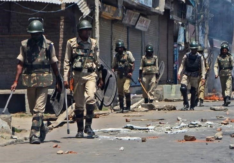 بھارتی فوجیوں کی جانب سے عید کے دن بھی نہتے کشمیریوں پر فائرنگ، درجنوں زخمی
