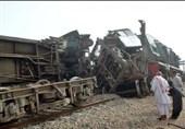 ملتان میں ریل حادثے کے نتیجے میں 6 افراد ہلاک، درجنوں زخمی