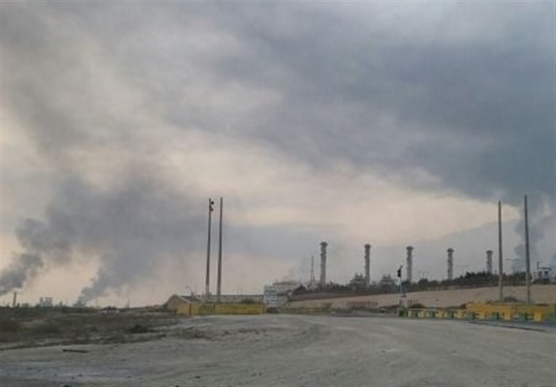 بوشهر|آتشسوزی در محل انبار نگهداری ضایعات شرکت بتا مهار شد