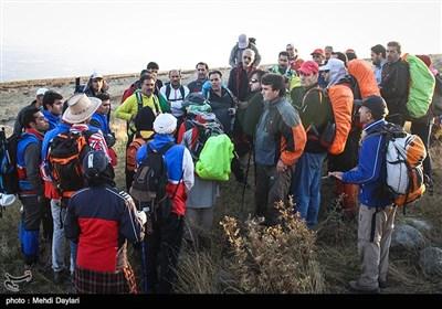 صعود ۲۵۰ کارگر به کوه قوشاداغ اهر