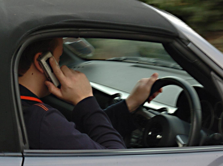 """آنتندهی تلفنهمراه در مسیر """"بانه-سقز"""" مشکل دارد"""