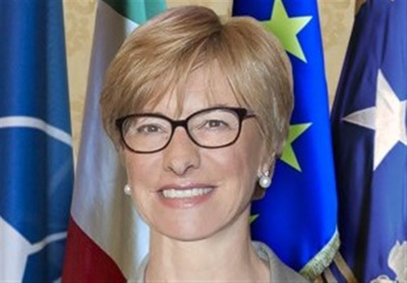 اطالوی وزیر دفاع